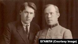 Владимир с братом Вячеславом в Москве, 1926 год