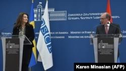 Анн Линде жана Армениянын тышкы иштер министри Ара Айвазян. 16-март.