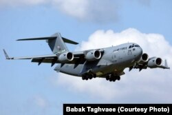 هواپیمای سی-۱۷آ نیروی هوایی آمریکا در عملیات «پناه به متحدان» پنج پرواز جهت حمل پناهجویان افغان انجام داد