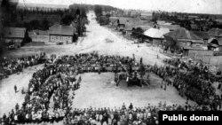 Бялынічы: першамай у цені крыжоў (1925 год)