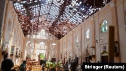 Crkva u Negombu posle eksplozije