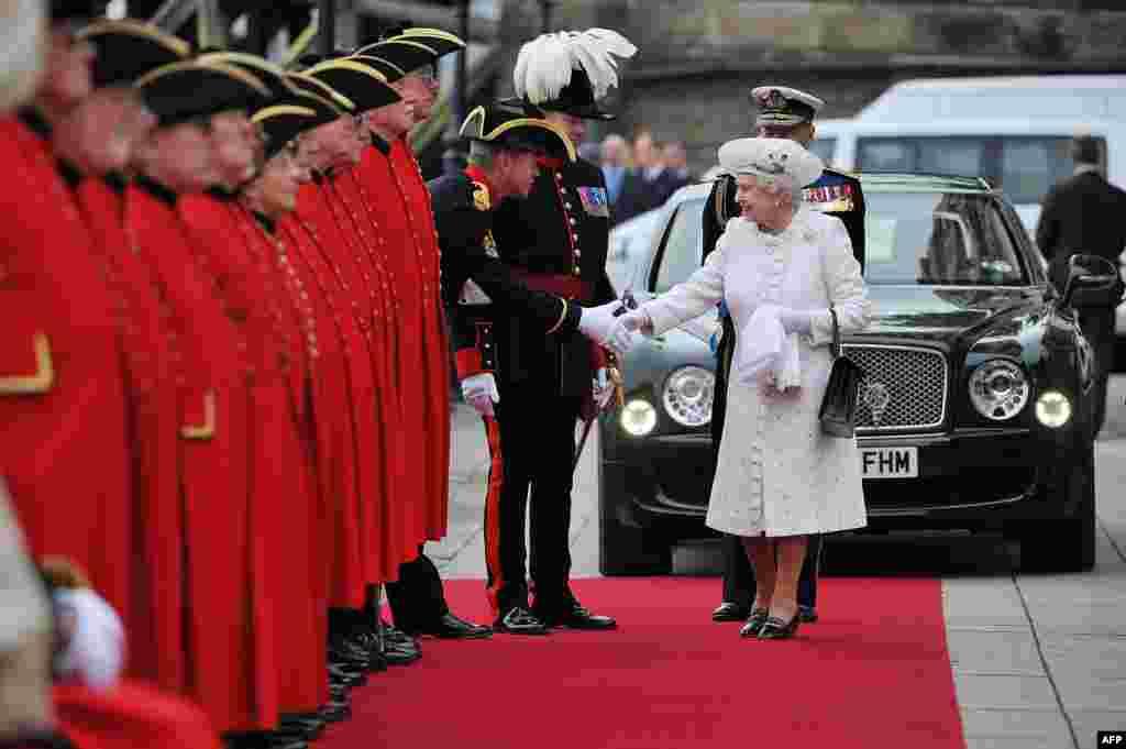 """""""Бриллиантовый"""" юбилей королевы. Пирс Челси. 3 июня 2012 года."""