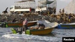 قاچاقچیان ایرانی در سواحل عمان، عکس تزئینی است