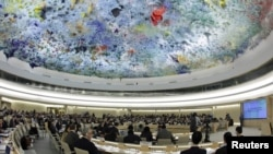 The UN Human Rights Council will discuss a draft resolution on investigating rights abuses in Syria.
