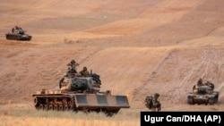 Turski tenkovi na putu ka Manbidžu