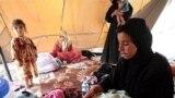 عائلة عراقية نازحة