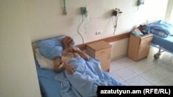 Armenia- Karabakh war veteran Smbat Hakobian in hospital, Yerevan 22Sept2015