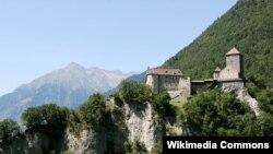 Tirol Qalası - 2005
