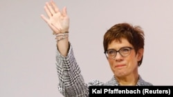 Anegret Kramp Karenbauer