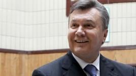 Ukrainian President Viktor Yanukovych (file photo)
