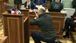 Суд у Києві допитав постраждалого на Майдані (відео)