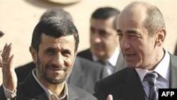 Президент Ирана Махмуд Ахмадинежад (слева) и президент Армении Роберт Кочарян. 2007 год