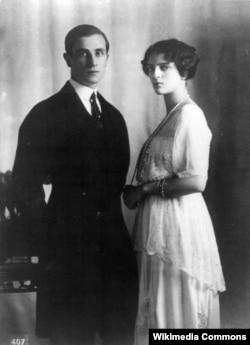Феликс Юсупов и его жена Ирина Александровна Юсупова, княжна императорской крови. Около 1915