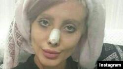 Iranian social media celebrity Sahar Tabar (file photo)