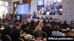NATO Parlament Assambleyasının Tbilisidə keçirilən yaz sessiyası.