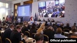 Делегаты ПА декларацию приняли единогласно, российскую агрессию осудили, но относительно сроков принятия Грузии «в семью» вновь воздержались