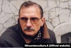 Аўтар раману Рычард Гавяліс