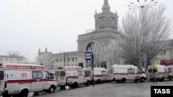 Ambulances lined up outside Volgograd's main train station on December 29 after a suspected suicide bombing killed at least 18 people and injured many more.