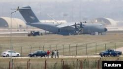 İncirlik hərbi hava bazası.