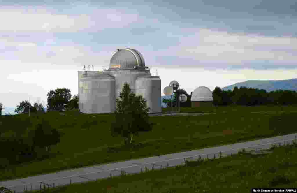 Общий вид объектов. Здесь представлена только часть системы телескопов