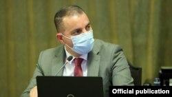 И. о. министра экономики Ваан Керобян на сегодняшнем заседании правительства, 12 июля 2021 г.