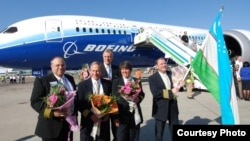 Boeing 787 Dreamliner учоғи тақдимот турнеси доирасида 2012 йилда Тошкент аэропортига ҳам қўнган эди.