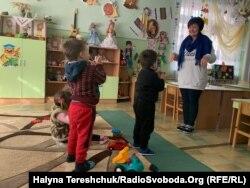 У дитячих садках Нового Роздолу зігріваються руханкою