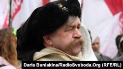 Учасник вшанування подій «Холодного Яру», архівне фото