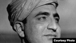 ستر فلسفي او سیاسي شاعر غني خان