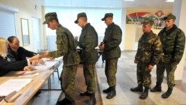 У день голосування на одній з виборчих дільниць у Мінську