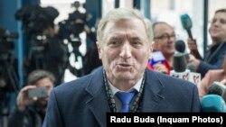 Augustin Lazar, procurorul general, s-a opus revocării din funcție a Laurei Codruța Kovesi și l-a contrazis în repetate rânduri pe ministrul justiției Tudorel Toader, care îi cere și lui revocarea.