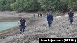 Potraga za nestalima u jezeru Perućac