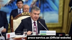 Uzbek President Shavkat Mirziyoev takes part in the summit of the Turkic-speaking countries in the resort city of Cholpon-Ata on September 3.