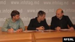 Ion Guzun, Vanu Jereghi, Sergiu Ostaf (de la stînga la dreapta)