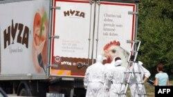 Вантажівка, в якій виявили тіла мігрантів