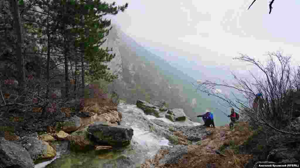 Боткінська стежка – одна з трьох так званих еколого-просвітницьких стежок у межах Ялтинського гірсько-лісового природного заповідника
