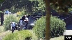 Операция в окрестностях Лиона, где было найдено обезглавленное тело Эрве Корнара, окрестности Лиона, 26 июня 2015 года.