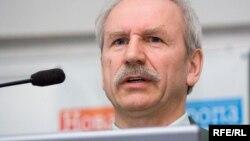 Валеры Карбалевіч
