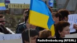 مسيرة لنساء اوكرانيات من اجل السلام في القرم