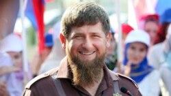 Moskwa çeçen lideri Kadyrowyň wezipesinde galjakdygyny aýtdy