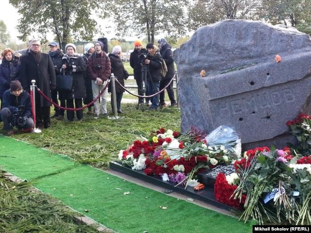 Открытие памятника Борису Немцову.