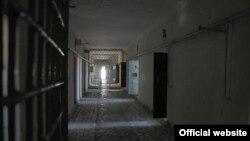 Тюрьма в городе Туркменбаши.