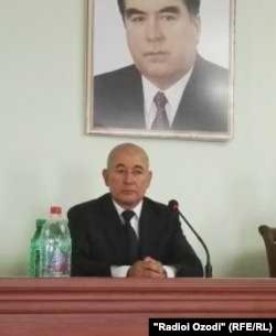 Комил Салимзода, раиси ноҳияи Ҷаббор Расулов.