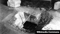 Үтәмешгәрәйнең Архангел соборында җирләнгән урыны