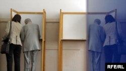 Glasanje na lokalnim izborima u Crnoj Gori - fotografija iz arhive
