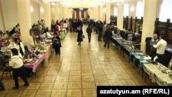 Բացվել է «Սիրիահայ մշակույթի շունչը Երևանում» բարեգործական ցուցահանդեսը