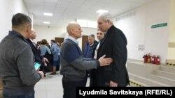 Псковские иеговисты поддерживают Шпаковского в суде
