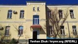 Отремонтированное здание Артиллерийских казарм на улице Инженерной, 2