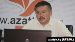 """Акматбек Келдибеков """"Азаттыктын"""" Бишкек бюросунда, 4-август, 2011-жыл"""