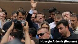 Экрем Имамоглу, кандидат в мэры Стамбула в день голосования